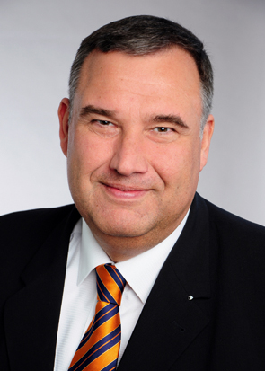 Roger Zörb, RA